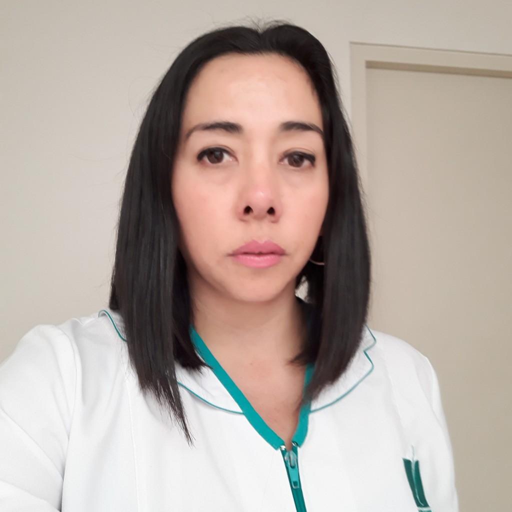 BARBARA FUENTES KINESIOLOGA