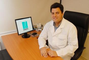 Dr. Maxius Brant